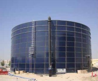 treated-water-storage-tanks-help-transform-desert-into-lush-green-dubai-investments-park1